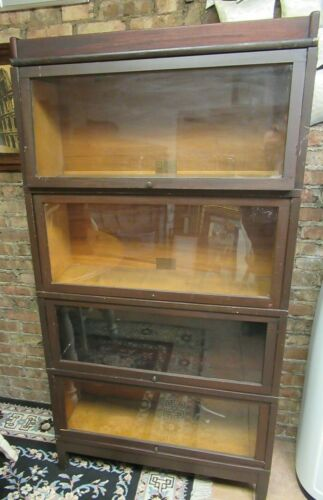 ANTIQUE GLOBE WERNICKE BARRISTER BOOKCASE VERY GOOD CONDITION SEE PICTURES !!!!!