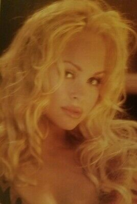 Playboy Magazine Spain - Marissa Holliday (The new Pam Anderson) April 1995