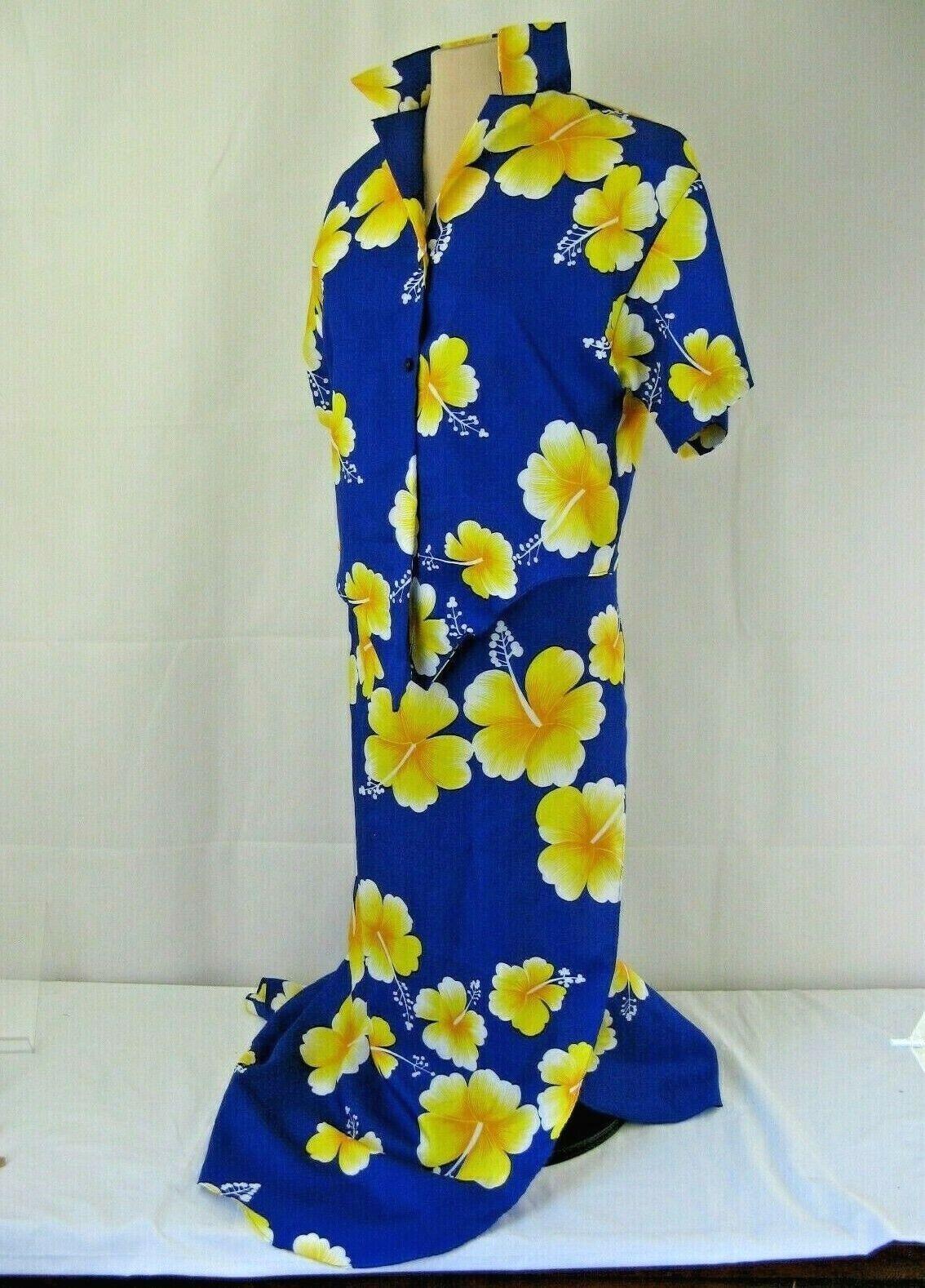 Hilo Hattie Tie Wrap Skirt 2 Button Top Set Size S Top One Size Wrap - $32.56