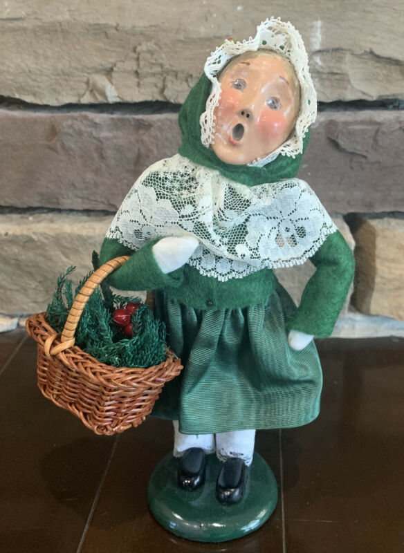 Byers Choice Carolers Victorian Girl With Basket 1996