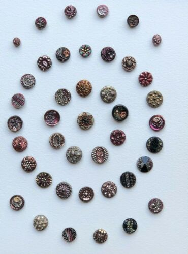 BUTTONS----BLACK GLASS MULTI LUSTER--collector