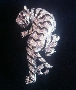 Vintage Look Ladies silver tone Alloy TigerPin Brooch marcasite look finish UK