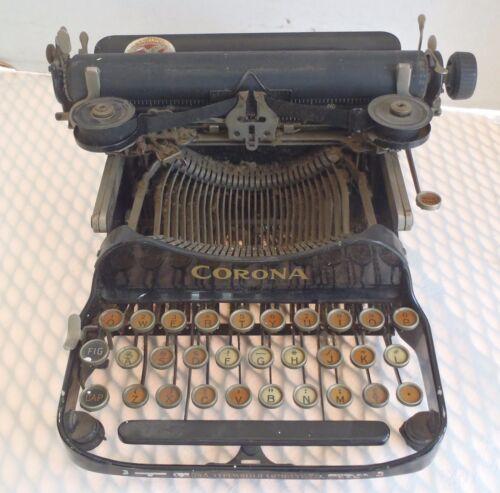 Vintage 1917 Corona folding typewriter