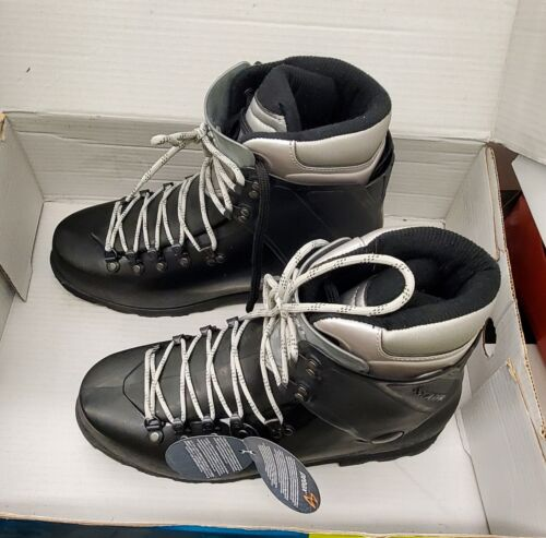 Inverno Mountaineering Boots