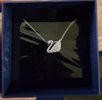Swarovski Crystal swan necklace new in box Reynella Morphett Vale Area Preview