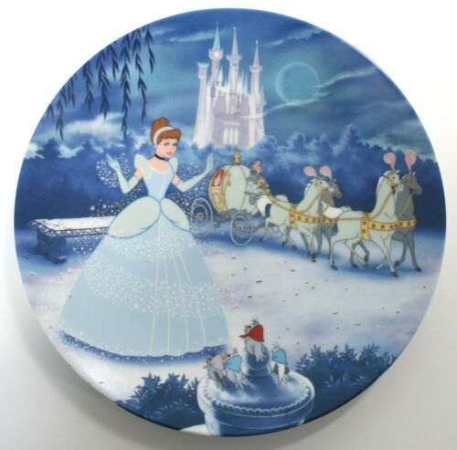 Disney CINDERELLA 1992 Art Plate,1st in Treasured Moments Collection Knowles COA