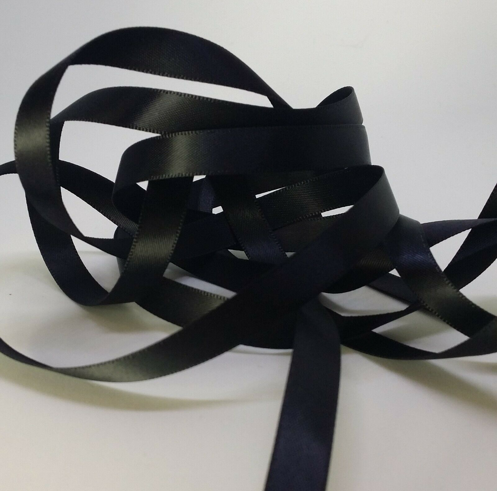 "- DOUBLE SIDED 1/"" RIBBON SATIN POLYESTER NEW WOVEN EDGE 5 METRE 24mm"