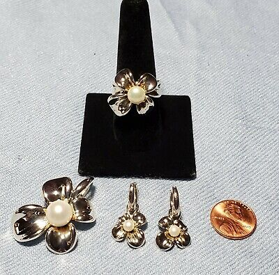 Ann King .925 Orchid Flower And Cultured Pearl Pendent, Earrings And Ring Set.