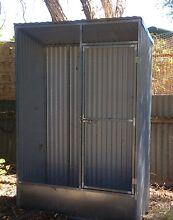Single Entrance Bird Cage Morphett Vale Morphett Vale Area Preview