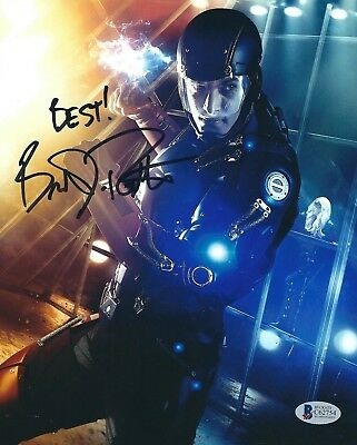 Brandon Routh Signed 'Legends of Tomorrow' 8x10 Photo Beckett BAS C62754