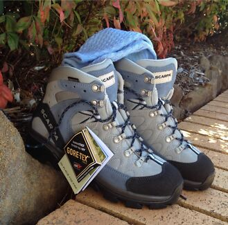 Hiking BootsTrekking Bushwalking BRAND NEW in BOX RRP $335.00 Paddington Brisbane North West Preview