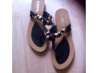 Ladies shoes sandals size 7