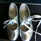 Silver size 13 tap shoes
