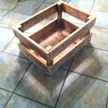 Reclaimed wood crate
