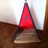 Teepee Cat or Small Dog Bed Batemans Bay Eurobodalla Area Preview
