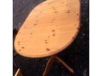 Solid pine table with extender