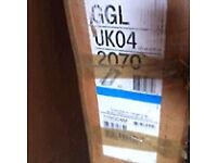 VELUX GGL UK04 2070 white pine centre pivot roof window. 134 x 98cm