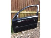 Corsa c 2005 5 door complete front passenger door black z20r 07594145438