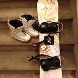 Size 6 women's snowboarding gear
