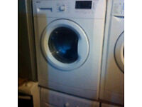 7KG white WASHING MACHINE COMES WITH A FULLY WORKING STORE WARRANTY WASHER