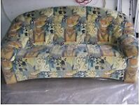 Sofa an Selbstabholer zu verkaufen Bayern - Aschaffenburg Vorschau