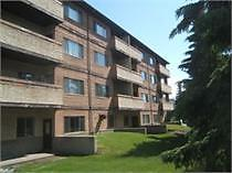 Three Bedroom Suite Available in Victoria Trail!