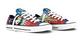 WONDER WOMAN CONVERSE LACE UP TENNIS SHOES SIZE 6 WORN BUT STILL GOT LOTS OF WEAR IN THEM