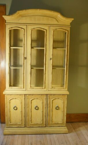 Mid Century Modern Thomasville Hollywood Regency Palm Beach Bamboo China Cabinet