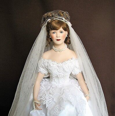 """18"""" Bride Doll, Paradise Galleries """"JUNE"""", Porcelain/Cloth, Beautiful Doll + Sta"""