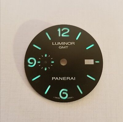 Panerai Luminor GMT Dial
