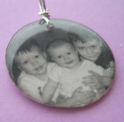 - Custom photo art circle pendant with your picture NEW resin personalized jewelry