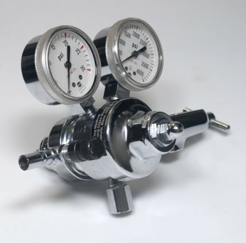 Corning Medical #477422 N2 CO2 O2 Gas Pressure Regulator 591448