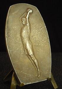 """Médaille basketball basket Sport 1951 fc Devreese Medal 勋章 Coek René U.R.B.S.F.A - France - Commentaires du vendeur : """"Le chevalet visible sur la photo n'est pas vendre .The stand is not for sale."""" - France"""