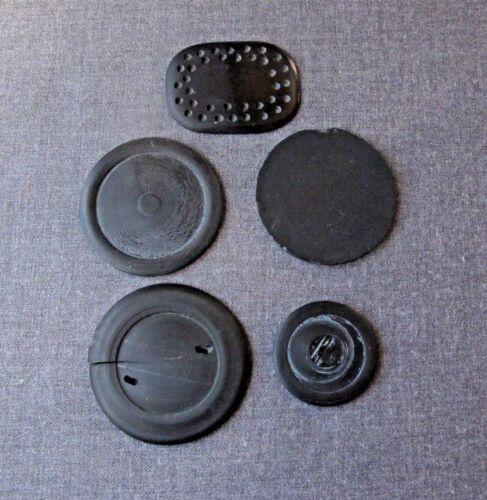 5 PIECES VINTAGE BLACK GALALITH PIECES FOR BUTTONS CRAFT  JEWELRY MAKING