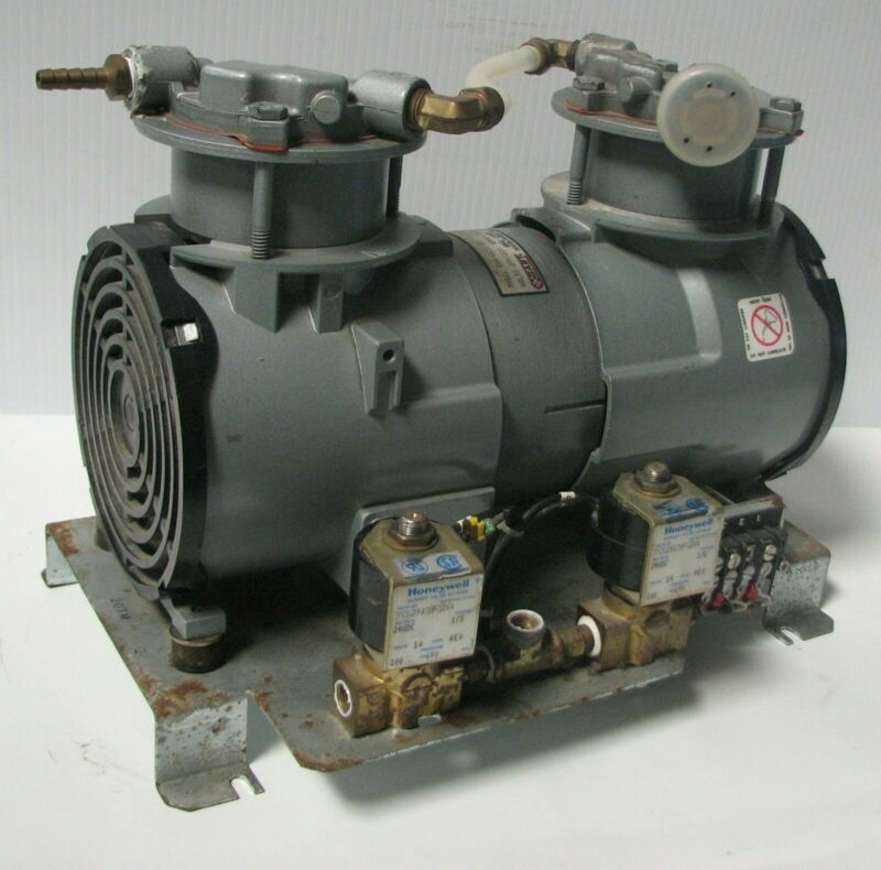 GAST ROC-R Vacuum Pump RAA-U111-ED 230/220 Volts Piston air compressor