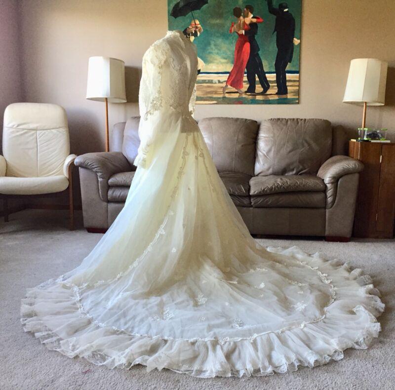 VTG Wedding Dress Eve Of Milady ILGWU Union USA Sheer Ivory & Lace XS 1980's