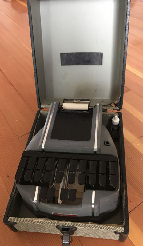 Vintage Stenograph Manual Court Reporting Machine in case