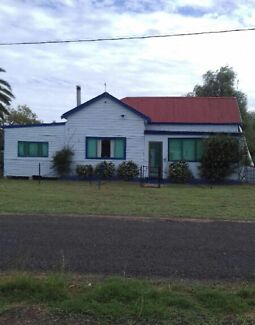 HOUSE FOR SALE IN ARMATREE NSW