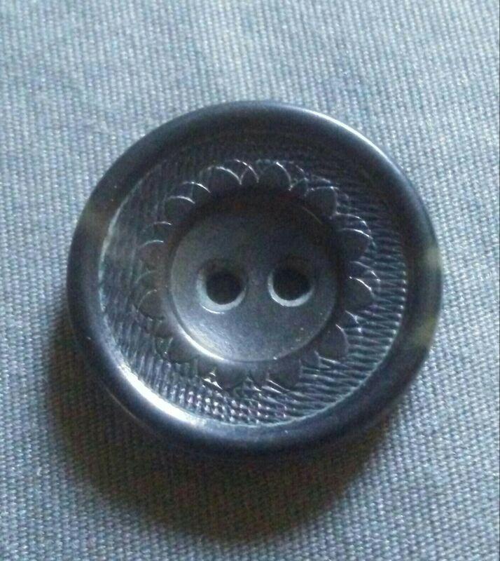 Vintage Ornate Vegetable Ivory Button.