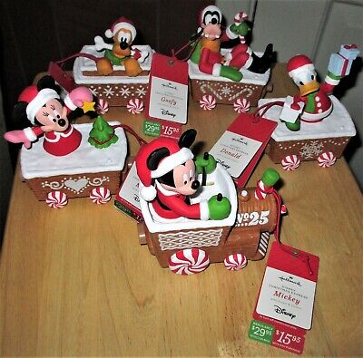 Hallmark 2016 Disney Christmas Trains Set of 5 Train Cars - BRAND NEW