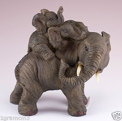 Elephant Family Mother With Babies On Back Figurine Resin 5.25 Inch High NIB