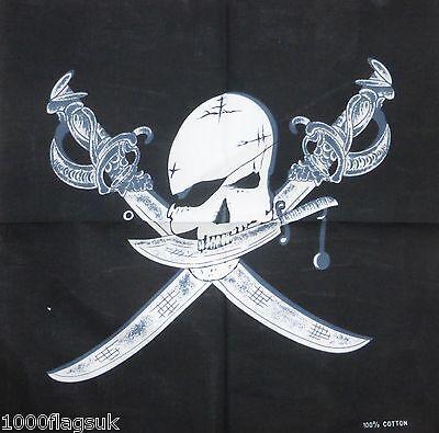 Piraten Schädel und gekreuzte Knochen Joly Roger Flag Schwerter Bandana Kopftuch