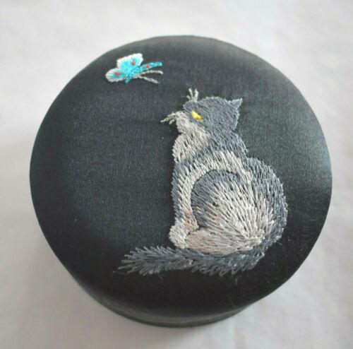 Chinese Silk Embroidered Trinket Jewelry Box - Grey Cat