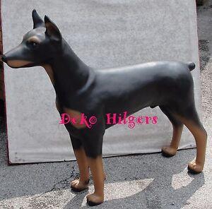 dobermann lebensgro stehend figur deko tierfigur design hund gro schwarz braun. Black Bedroom Furniture Sets. Home Design Ideas