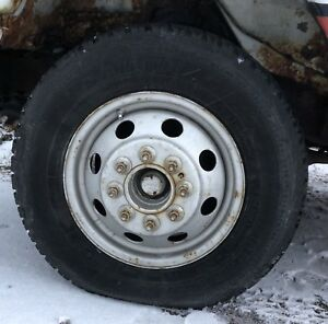 Tires on rims  lt 225 16r75 six in total