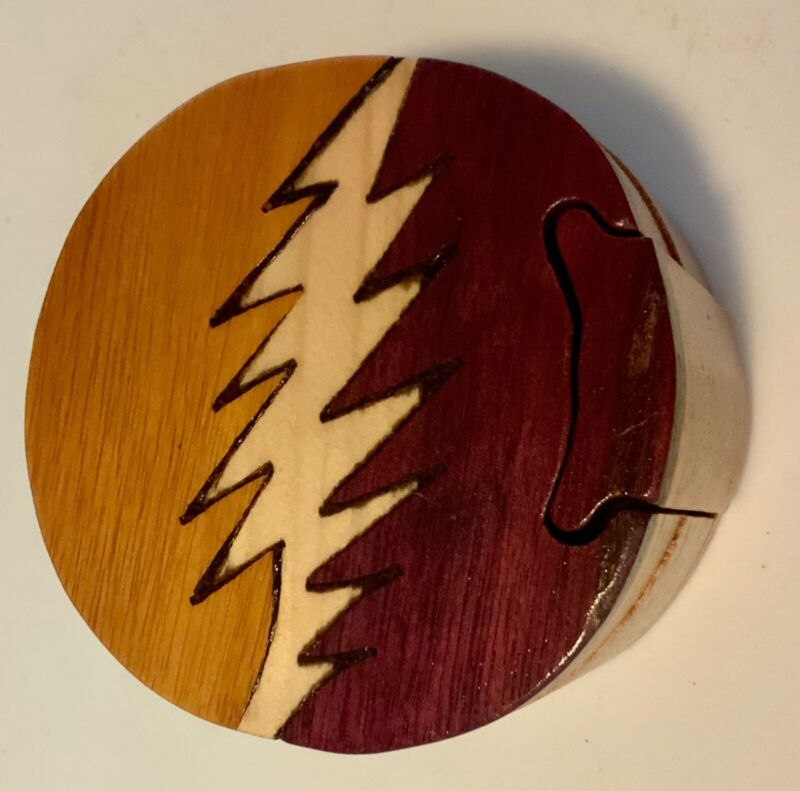 NEW Handcrafted Wooden puzzle box Grateful Dead lightning bolt Costa Rica SYF