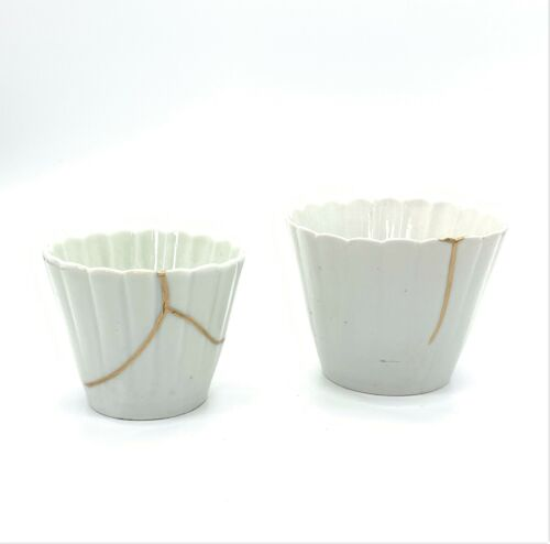 Japanese Old-imari white porcelain cup set of 2 Petal shape