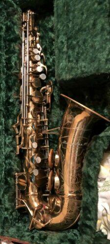 1949 Buescher 400 Top Hat & Cane alto saxophone