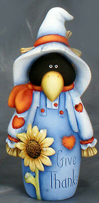 """Ceramic Bisque Ready to Paint """"Give Thanks"""" Country Scare """"Crow"""" 9"""" Tall"""
