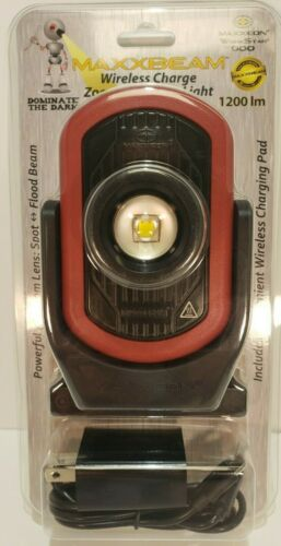 Maxxeon MXN00900 MAXXBEAM with Wireless Charging, LED, 6x Zoom Lens, 1200 Lumens